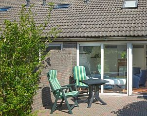 Guest house 0101357 • Apartment Texel • 2 persoons studio aan rand v/h dorp.